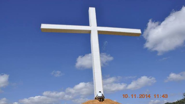 Govt order removal of Christian cross in Hakha
