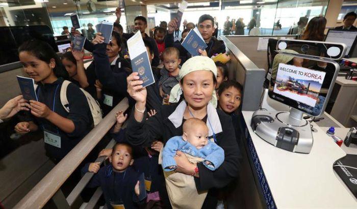 Thai pan Korea ah Myanmar Refugee mi 34 kipuak ~ ZD