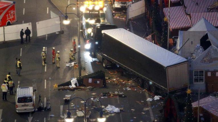 Germany khuapi Berlin Truck tawh kisuam ~ TK Lian