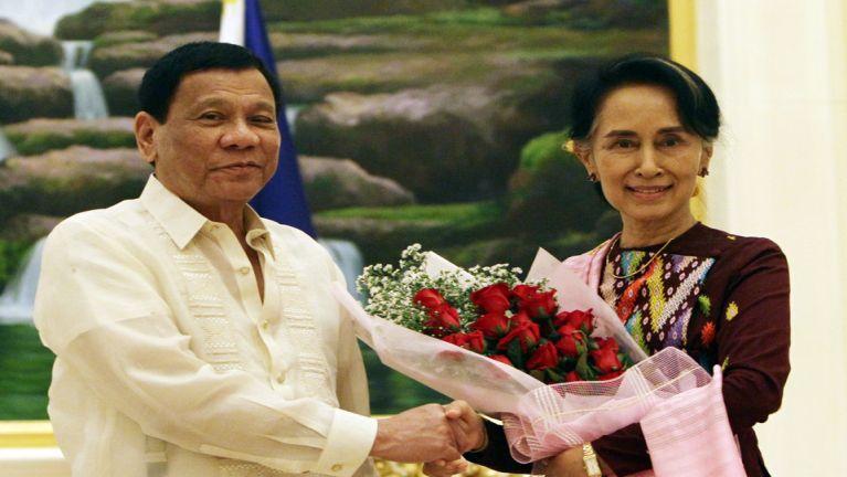 Philippine President Kawlgam hawhin huhna sum US$300,000 pia ~ ZD