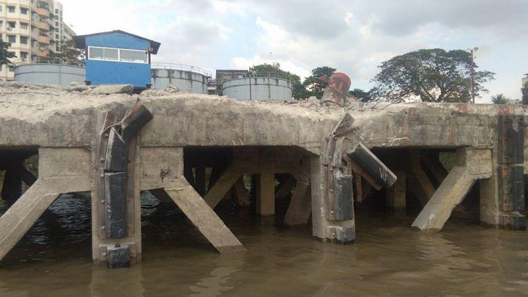 Yangon River sungah tembaw khatin Jetty taihkha