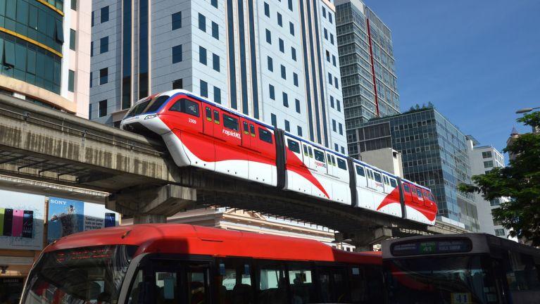 "Kuala Lumpur khuasung Monorail ""four-car train"" te tawmvei ki khawlsakphot"