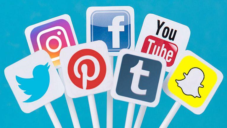 Zomi leh Social Media ~ Pau Khat Suan