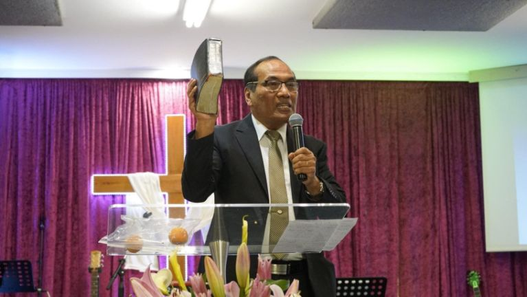 Melbourne pan hongnusia Pastor Gin Do Dal (Hatlang) tangthu